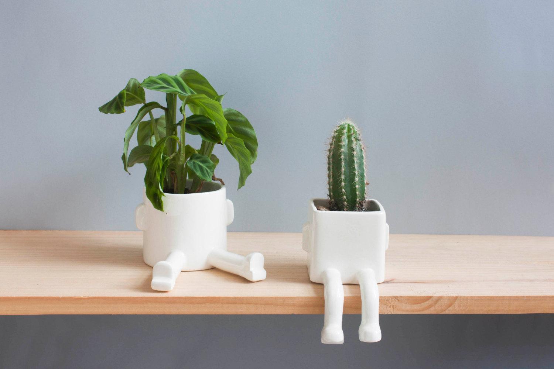 2 vasi in ceramica con gambe per piante e fiori keblog shop for Vasi per piante